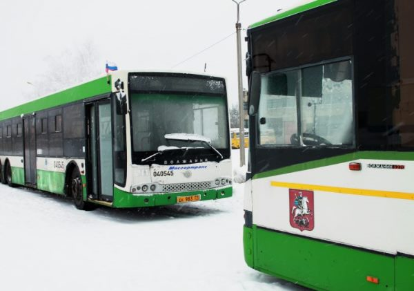 Все московские автобусы доставили в Смоленск